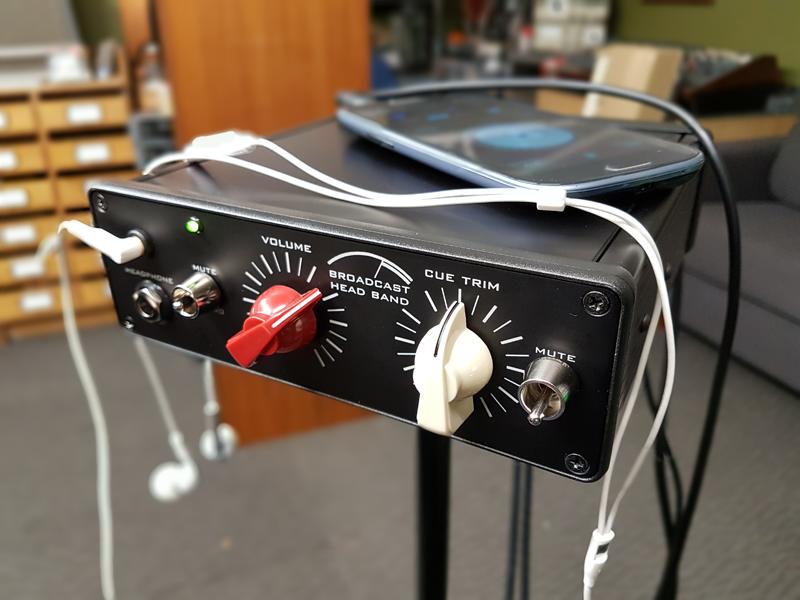 Head Band – pure performance stage Headphone Amp